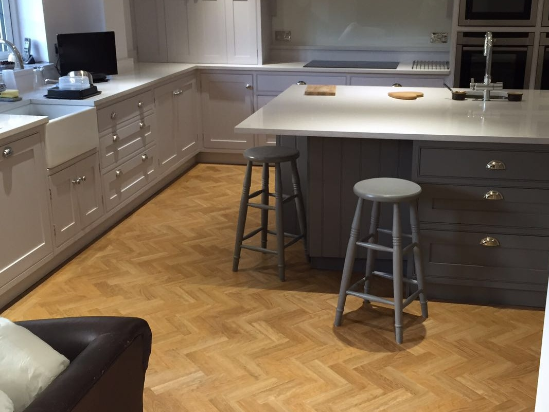 Amtico Kitchen Flooring Flooring Experts Vincent Install Lightwater Surrey